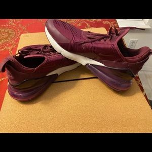 Dark Burgundy Women's Nike Air Max 270